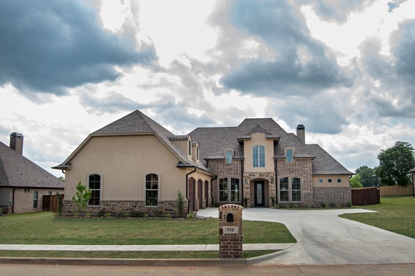 Property for sale at 112 Circle Club Ln, Longview,  TX 75602