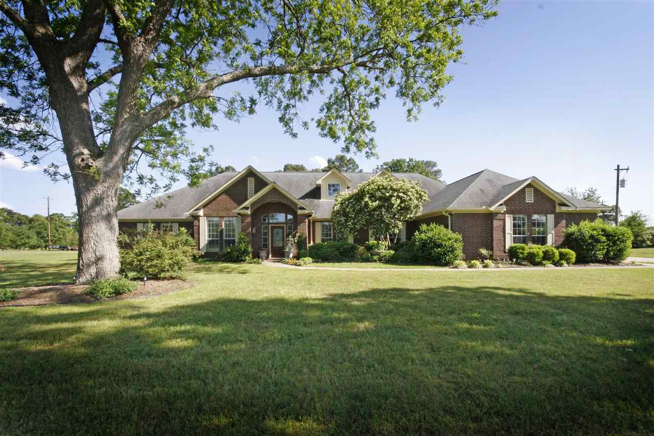 Property for sale at 2983 W Country Club Road, Longview,  TX 75602